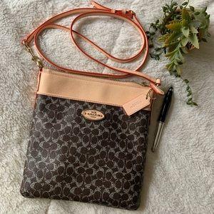 Coach Cross body Messenger travel bag/ purse NEW
